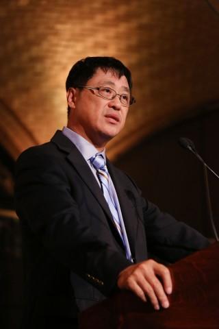 陈列平荣获2014年威廉.考利奖,福建医大和本校友会分别致函祝贺