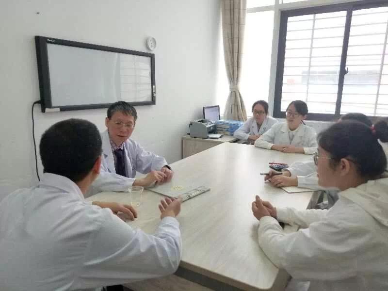 黄夷伍到福医附属第二医院指导交流