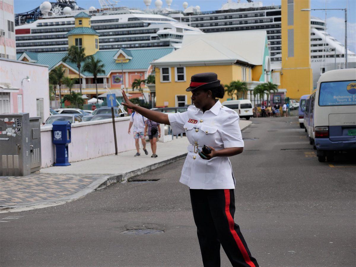 游览巴哈马拿绍